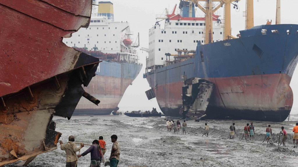 Sea Empress: Court case follows tanker's second accident – The ...