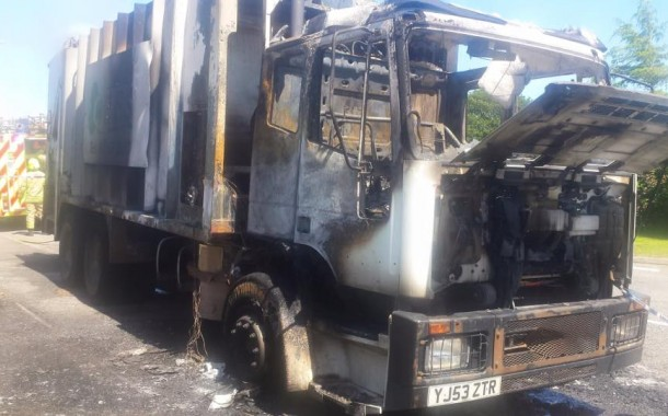 Bin lorry catches fire
